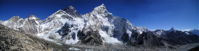 mount-everest-276995_1920.jpg
